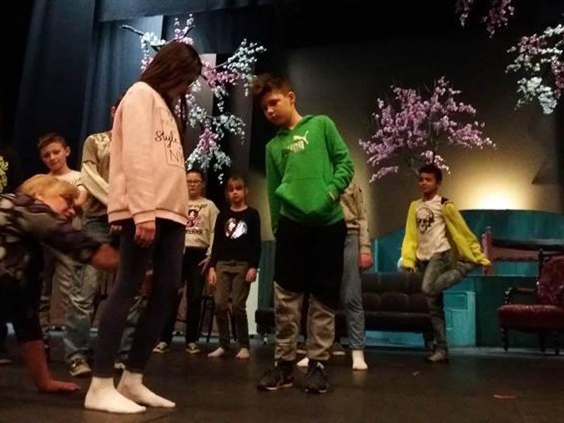 4c na scenie